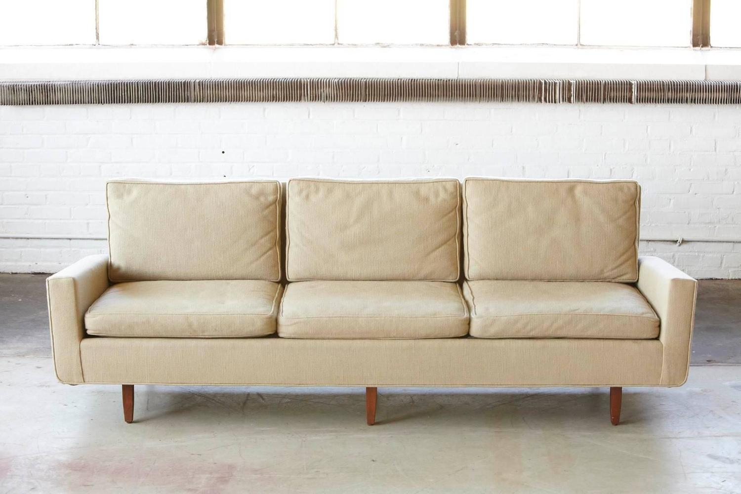 Early Florence Knoll Sofa Model # 26D From 1967 With With Regard To Florence Knoll Fabric Sofas (View 2 of 15)