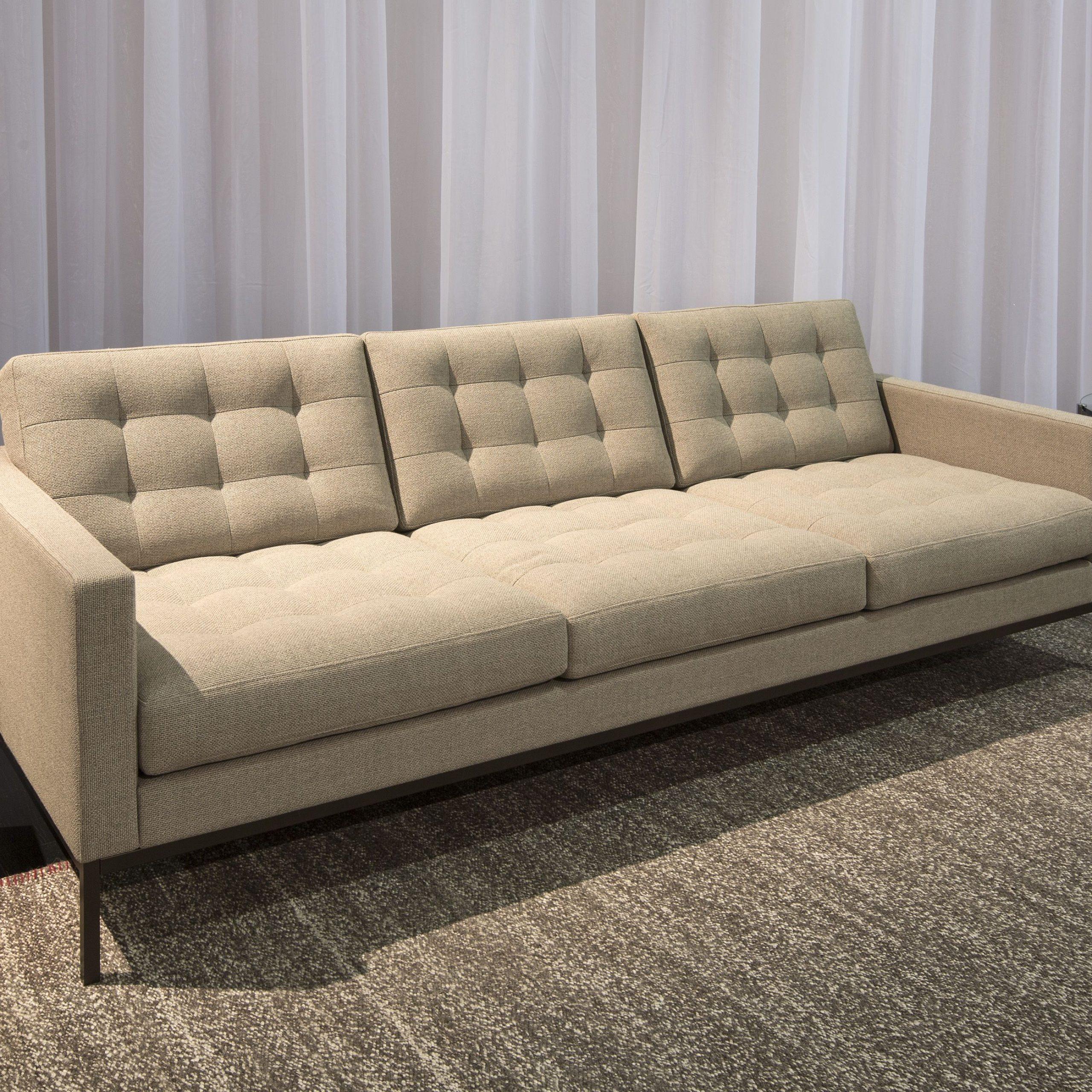 Florence Knoll Sofa, Salone 2014. Photoa (View 1 of 15)