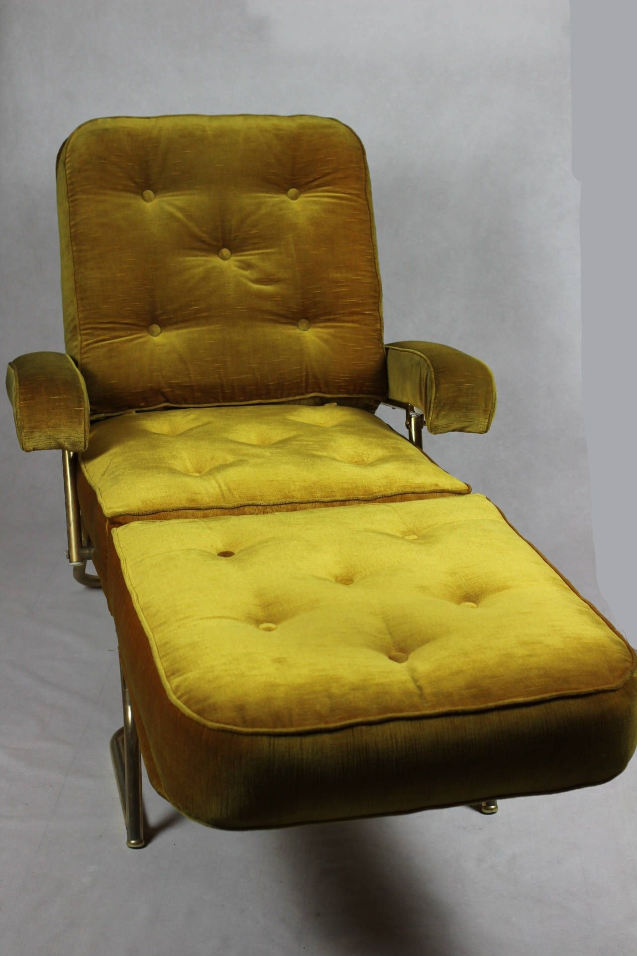French Designer Chaise Longue // 1970'S Avacado Green Inside French Seamed Sectional Sofas Oblong Mustard (View 15 of 15)