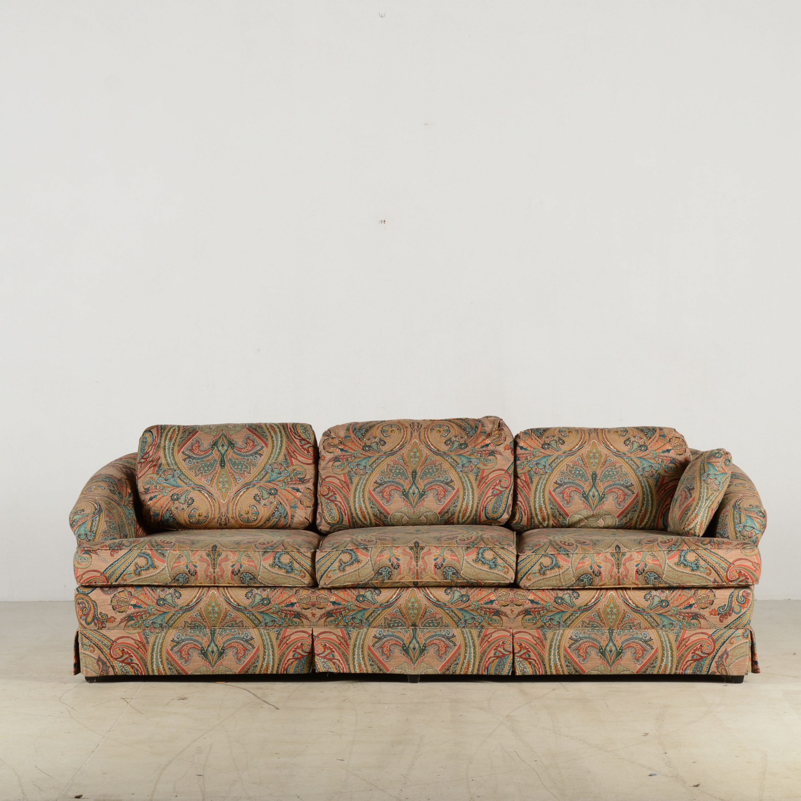 J Royale Paisley Print Sofa Simple Black And White For Navigator Manual Reclining Sofas (View 7 of 13)