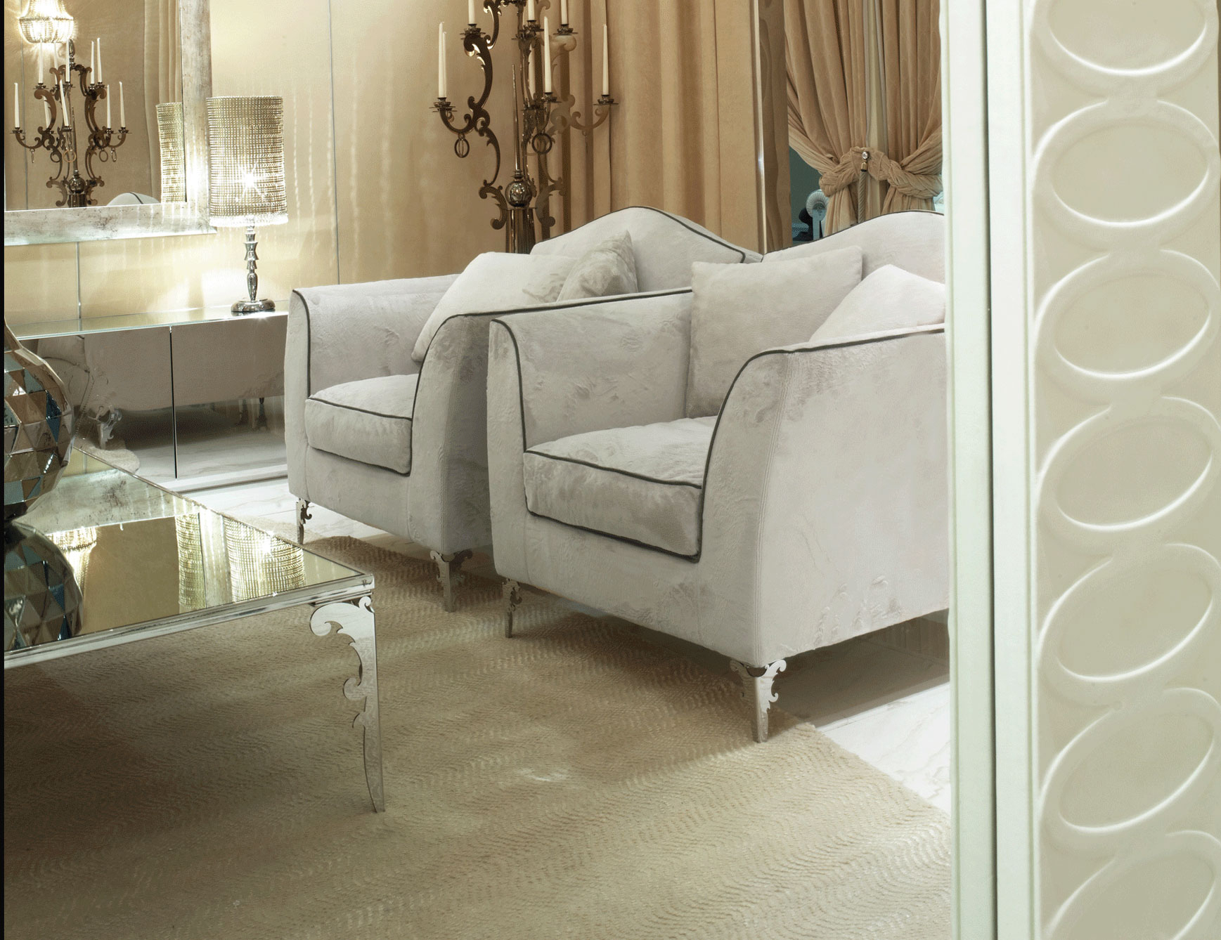 Nella Vetrina Visionnaire Ipe Cavalli Avalon White Suede Pertaining To Sofa With Chairs (View 9 of 15)