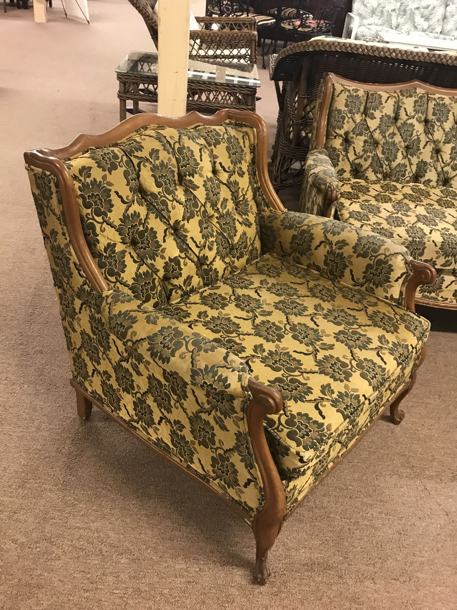 Olive Floral Sofa & Chair Set   Delmarva Furniture Consignment In Floral Sofas And Chairs (View 2 of 15)