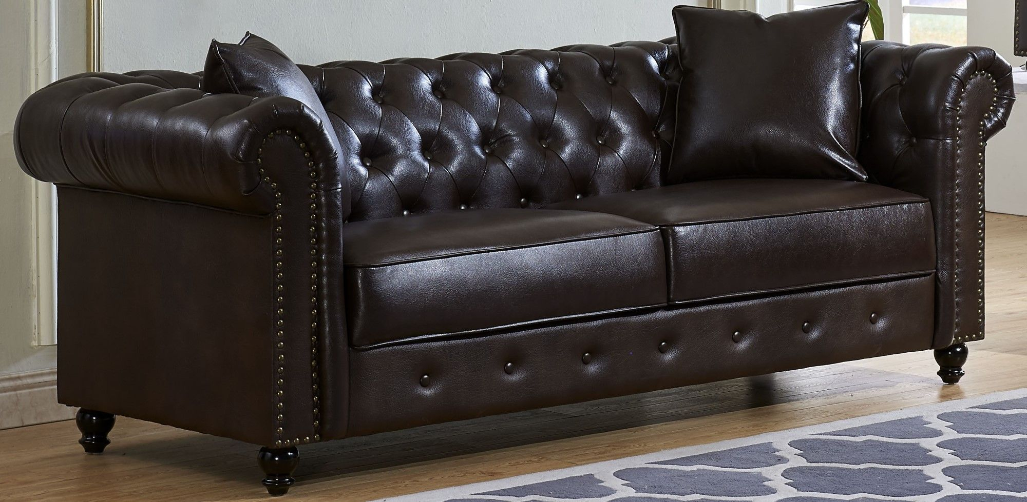 Salisbury Button Tufted Nailhead Trim Chesterfield Sofa In Throughout Leather Chesterfield Sofas (View 11 of 15)