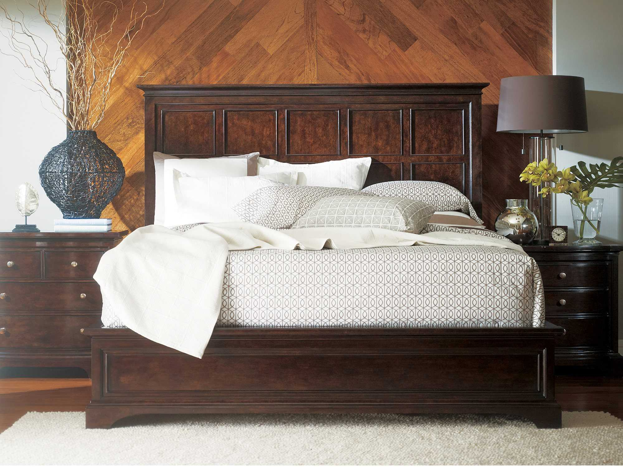 Stanley Furniture Transitional Bedroom Set   Sl0421340Set2 Inside Bedroom Sofas And Chairs (View 5 of 15)
