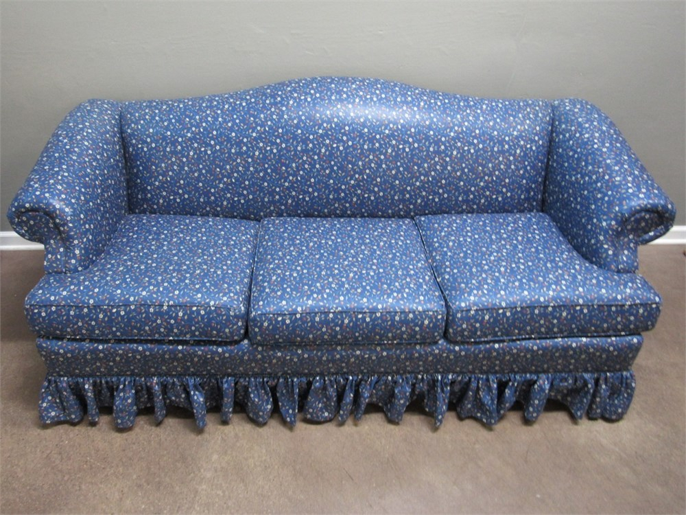 Transitional Design Online Auctions – Clayton Marcus In Chintz Floral Sofas (View 13 of 15)