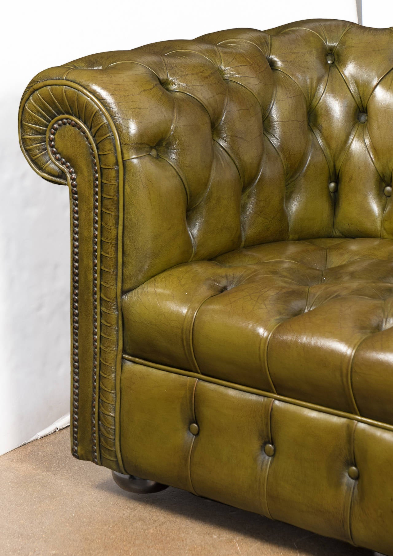 Vintage Green Leather Chesterfield Sofa At 1Stdibs Regarding Leather Chesterfield Sofas (View 7 of 15)