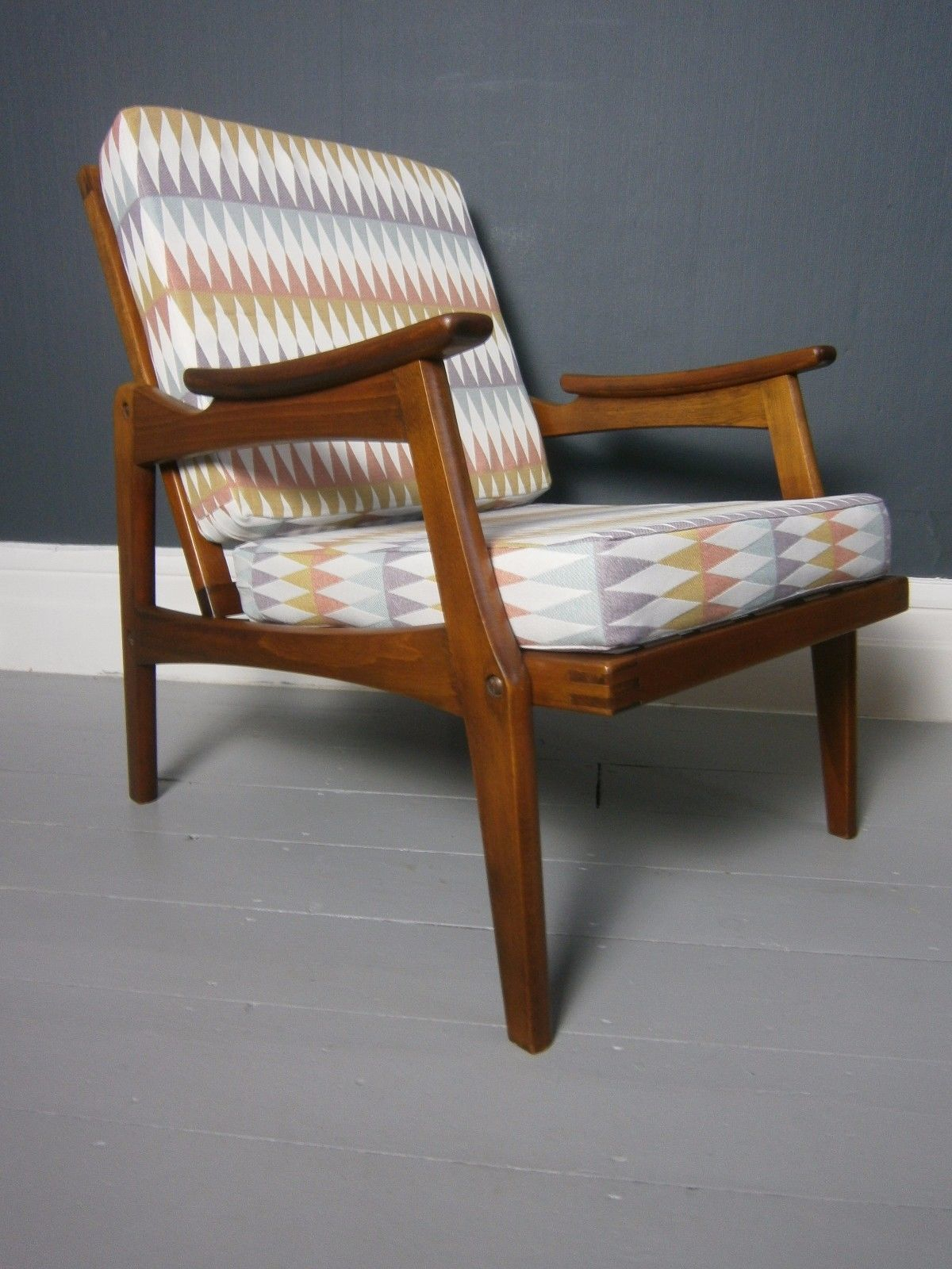 Vintage Retro Mid Century Danish Style Centa Lounge Chair For Retro Sofas And Chairs (View 4 of 15)