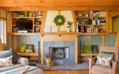 Craftsman Style Living Room With Flagstone Fireplace