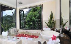 Elegant Tropical Bathroom Ideas