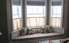 Modern Bay Windows with Small Curtain