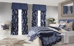 Modern Floral Curtain Motive
