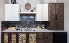Stylish Wet Bar With Flat and Wood Cabinets