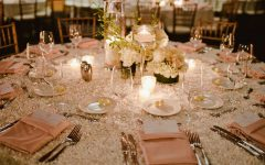 How to Choose the Right Wedding Centerpieces for Round Table?