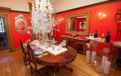Beautiful Dining Room Christmas Makeover