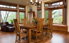 Casual Mission Style Dining Room With the Custom Woodwork Craftsman Design