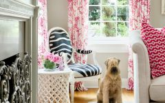 Cute Living Room Curtain Pink Color Ideas