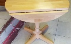Finkelstein Pine Solid Wood Pedestal Dining Tables