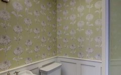 Graphic Floral Pattern Wallpaper for Vintage Bathroom Decor