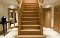 Modern Center Staircase Design